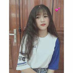 น่ารัก Cute Korean, Asian Beauty, Harajuku, Hot Girls, T Shirts For Women, Celebrities, Boys, Anime, Style