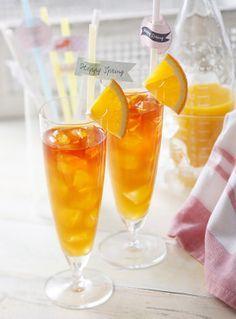 Mango and orange iced tea Ingredients Mango juice Orange Tea bag 4 bags Hot water 300 ml Rock ice quantity Refreshing Drinks, Summer Drinks, Cocktail Drinks, Alcoholic Drinks, Beverages, Drink Menu, Dessert Drinks, Dessert Recipes, Food And Drink