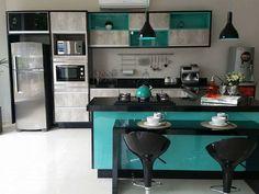 Equilibrium móveis planejados, cozinha verde e preta, green and black kitchen