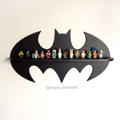 Shelf Batman (24 in x 13 in) DIMENSIONS: height - 33 сm (13 inches) width - 61 сm (24 inches) depth - 10 cm (3.9 inches) If you need a different size or color, i can do it)) Ideal for children or fans of comic book characters. You can hang it on the wall for example. It also makes a beautiful gift. # Shelf is sold without a LEGO #