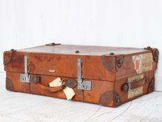 Gifting to someone who loves travelling? Try an antique or vintage leather suitcase or antique travel trunk with their original stickers showing the wonderful places the previous owner has visited. Vintage Gifts, Vintage Home Decor, Unique Gifts, Best Gifts, Money Jars, Leather Suitcase, Antique Christmas, Or Antique, Wonderful Places