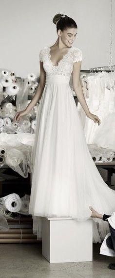 Cymbeline Caen Plus Wedding Dress mariage - mariage robe - mariage champetre - mariage boheme - Sour Empire Style Wedding Dresses, Plus Wedding Dresses, Wedding Dress Sleeves, Princess Wedding Dresses, Bridal Dresses, Wedding Styles, One Shoulder Wedding Dress, Wedding Gowns, Wedding Ideas