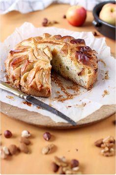 Gâteau aux pommes et fruits secs
