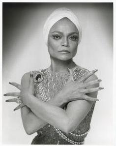 """Hon är mycket vacker tycker jag med sitt speciella utseende skiljer hon sig från mängden.  """"Kenn Duncan. Eartha Kitt, ca. 1960-1986. NYPL, Library for the Performing Arts / Billy Rose Theatre Division."""" Repinned from @New York Public Library."""