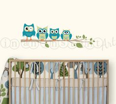 Owl Wall Decal Owls on a Branch for Baby Nursery por InAnInstantArt