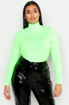 af040c635c5d Stephanie Yeboah's Plus-Size Slime Green Picks Will Have You Ready To Rock  The Trend