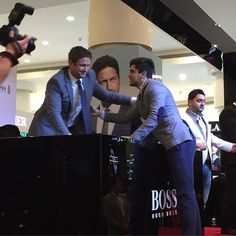 """""""Thanks God for opportunity to see such a great actor. P.S I love you #GerardButler #HugoBoss #Emirates #Dubai #MyDubai #ManOfToday"""""""