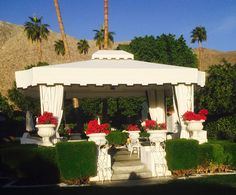 Palm Springs gazebo.  www.allisonsmithdesign.com