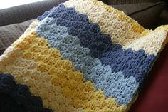 Speed Hook Shell Afghan.  Free pattern from Lion Brand.  Skill level: Easy