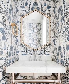Today we're stalking the design portfolio of Meagan Rae Interiors. You are going to love all of this home interior design inspiration! Wallpaper Ceiling, Bold Wallpaper, Wallpaper Ideas, Botanical Wallpaper, Powder Room Wallpaper, Bathroom Wallpaper, Cottage Wallpaper, Interior Photo, Interior Styling