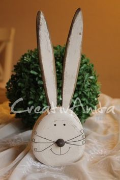 Hase - Osterhase - Holz in Creme - Groß