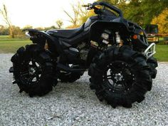 Quads and atv's power! Four Wheelers For Sale, Atv Four Wheelers, Tmax Yamaha, Yamaha Atv, Offroad, Can Am Atv, Scooter Motorcycle, Anime Motorcycle, Blue Motorcycle