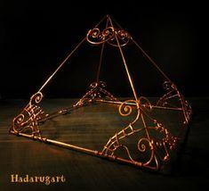 Artizan in cupru Artisan, Chandelier, Ceiling Lights, Mai, Deviantart, Therapy, Candelabra, Chandeliers, Ceiling Lamp