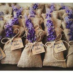 Hochzeitsbevorzugungen Lavender Pouch 6 – dreamss – – Diy World Lavender Wreath, Lavender Bags, Lavender Sachets, Wedding Favours, Diy Wedding, Party Favors, Wedding Gifts, Diy Gifts, Diy And Crafts