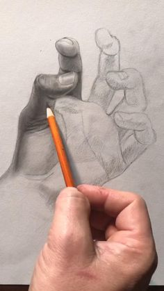 Scary Drawings, Easy Drawings Sketches, Cool Art Drawings, Sketches Of Hands, Realistic Sketch, Realistic Pencil Drawings, Pencil Art Drawings, Charcoal Sketch, Charcoal Art