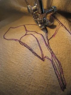 clutterpunk: Thread sketching on fabric: techniques and tips tutorial. Normal sewing foot etc, just use short stitch over temporary drawing then add again with stitch variety to make more sketchy.