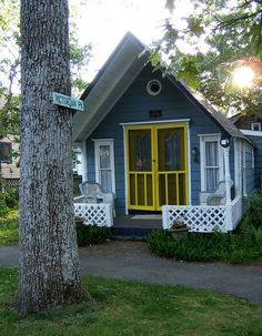 Another tiny house in Oak Bluffs, MA| Tumbleweed Tiny House Company