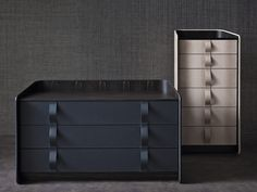 LEATHER CHEST OF DRAWERS GENTLEMAN COLLECTION BY FLOU | DESIGN CARLO COLOMBO