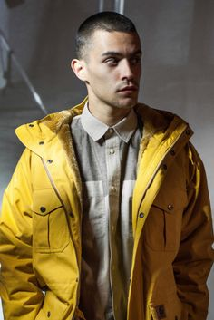 Love the yellow jacket n the shirt inside. Carhatt F/W 2013.