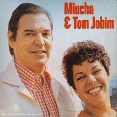 Miucha e Antônio Carlos Jobim Vol.2 (1979) fait suite à un premier opus paru en 1977, Miúcha e Antônio Carlos Jobim Vol.1. Le principe est exactement le même, la reprise de titres de la MPB et de la Bossa Nova et pas spécialement des compositions du maître....