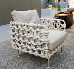 knit chair. gotta find something at Home Depot to make these!!