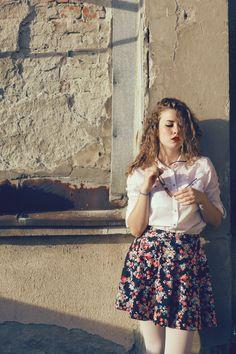 Girl with skirt