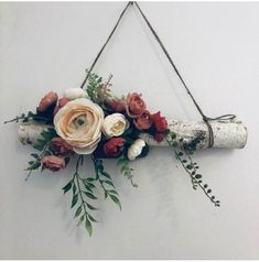 Flower wall hanging - Designed on natural birch branch. Purchase here! Wall Hanging Designs, Hanging Flower Wall, Flower Wall Decor, Diy Wall Decor, Wall Hanging Decor, Wall Hangings, Deco Floral, Floral Wall, Deco Champetre