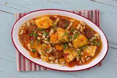 Bacalhau Recipes, Portuguese Recipes, Ratatouille, Chana Masala, Salmon, Easy Meals, Food And Drink, Eat, Ethnic Recipes