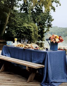 Lakeside Table Picnic Bench with Blue Table Cloth Party Table Decorations, Decoration Table, Outdoor Parties, Outdoor Entertaining, Lush, Outdoor Dining, Outdoor Decor, Lakeside Dining, Outdoor Life