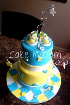 Button Baby Shower cake by Cake Madam, via Flickr