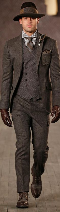 Joseph Abboud Fall 2016 , Fashion show details