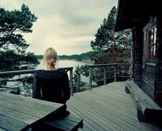 I want a secluded cabin in the woods on a lake