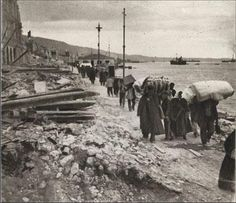 After the Great Fire of 1917 - the fire burned for 32 hours, destroying two-thirds of Thessalonki. Thessaloniki, Native American History, British History, Women's History, Old Pictures, Old Photos, Greece History, Reggio Calabria, Old Greek