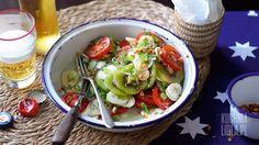 Pożywna sałatka z kiwi, bananami i pomidorami Kiwi, Guacamole, Potato Salad, Salads, Tacos, Mexican, Potatoes, Meat, Chicken
