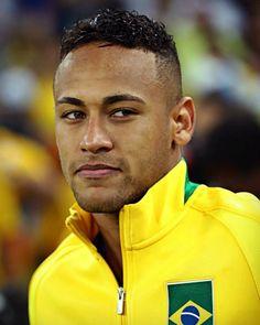 Neymar of Brazil celebrates after the Men's Football Final between Brazil and… Football Final, Men's Football, Saint Germain, Fc Barcelona Neymar, Neymar Jr Wallpapers, Rio 2016 Pictures, Neymar Pic, Soccer Boys, How To Take Photos