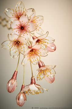 Sakae - kanzashi sakae - hairpin writer of image Cherry Blossom - Kanzashi, Hair Stick, Hair Pin, Hair Ornaments - by Sakae, Japan Vintage floral inspiration for Spring 2018 brooches. Discover thousands of images about dipart. Flowers are androgynous Plastic Bottle Flowers, Plastic Bottle Crafts, Plastic Bottles, Plastic Spoons, Shrink Plastic, Resin Crafts, Resin Art, Nail Polish Flowers, Fleurs Diy