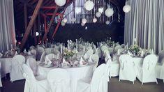 #Hussen #Mietmöbel #Tischdeko #Tischwäsche #Heiraten #Kleinsasserhof Table Decorations, Furniture, Home Decor, Getting Married, Wedding, Decoration Home, Room Decor, Home Furnishings, Home Interior Design