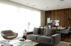 Décor do dia: requinte discreto. O arquiteto Diego Revollo foi o responsável pela decoração deste apartamento no Itaim, em São Paulo. Com mão leve ele desenhou um ambiente social equilibrado: requintado e ao mesmo tempo discreto.