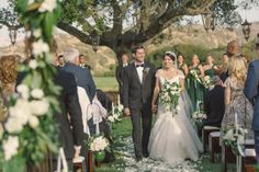 Photography: Carlie Statsky Venue: Pasadera Country Club Event design/coordination: Coastside Couture Floral: Fionna Floral #CoastsideCouture #MontereyBayWedding