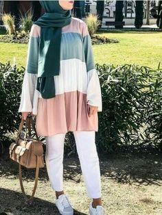 Stylish And Versatile Summer Hijab Outfits Just Trendy Girls & stilvolles und vielseitiges sommer-hijab-outfit für modische mädchen & tenues hijab d'été élégantes et polyvalentes just trendy girls Modern Hijab Fashion, Street Hijab Fashion, Hijab Fashion Inspiration, Muslim Fashion, Modest Fashion, Fashion Outfits, Hijab Fashion Summer, Hijab Street Styles, Casual Hijab Outfit