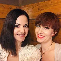 Schwesterherz   Meine Schwester und ich hatten von Beginn an eine sehr innige Bindung. In der Jugendzeit waren wir unzertrennlich und man hat sich gewundert wenn eine von uns mal ohne der anderen unterwegs war.  Aber wir hatten auch eine sehr schwierige Phase über Jahre hinweg... Ich bin überglücklich dass wir wieder zueinander gefunden haben und unendlich dankbar dafür! Sie ist für mich da gibt mir jedes Mal ein schönes Gefühl wenn ich sie um mich hab bei ihr kann ich ich sein mit ihr kann… Business Makeup, Photo Makeup, Make Up, Instagram, Special People, Infinity, Grateful, Sisters, Young Adults