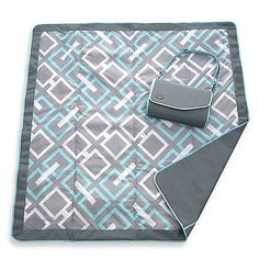 The perfect blanket for a family picnic or outing to the beach, lake, park or backyard!