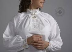 Hand embroidered blouse belonging to the Hardanger bunad. Embroidered Blouse, Ruffle Blouse, Hardanger Embroidery, Cute Designs, Sewing, Folklore, Clothes, Tops, Patterns