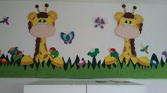 Dibujos varios Board Decoration, Class Decoration, School Decorations, Foam Crafts, Paper Crafts, Diy Crafts, Preschool Classroom Decor, Animal Decor, Baby Room Decor