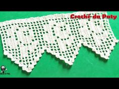 If you looking for a great border for either your crochet or knitting project, check this interesting pattern out. When you see the tutorial you will see that you will use both the knitting needle and crochet hook to work on the the wavy border. Crochet Blanket Edging, Crochet Borders, Filet Crochet, Easy Crochet, Craft Patterns, Stitch Patterns, Crochet Patterns, Crochet Kitchen, Beautiful Crochet