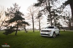 "Cars - Jeep Grand Cherokee SRT : ""Toy for boys"", l'essai du 4x4 hors normes ! - http://lesvoitures.fr/essai-jeep-grand-cherokee-srt/"