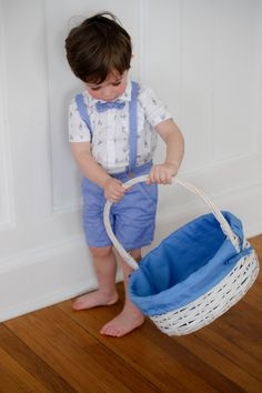 Easter Outfits and Easter baskets! Top 10 Easter Basket Ideas for Babies and Toddlers #easterbasketfillers #easterbabies #eastertoddlers #babyeasterbasket #toddlereasterbasket #gymboree #peterrabbit #top10easter #easterDIY