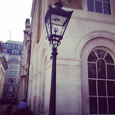 The gaslights of Guildhall.