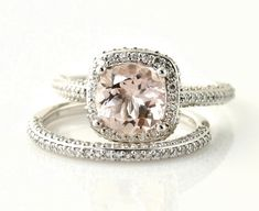 pale pink engagement ring, this is so what I have to have when I get engaged! Some one must tell me future hopefully rich fianc