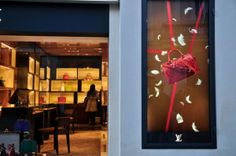Louis Vuitton - San Lorenzo in Lucina